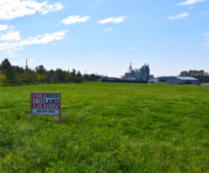 This 4.28-acre vacant land is located in Arcade's Municipal Electric District with one of the lowest rates in New York and is potentially a 'START-UP NY tax free site'.